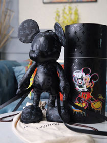 Louis vuitton monogram eclipse toy T0001