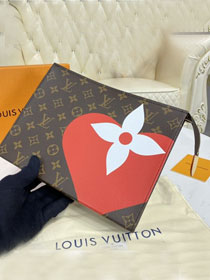 Louis vuitton original monogram toiletry pouch 26 M80282