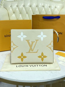 Louis vuitton original calfskin toiletry pouch 26 M80504 white